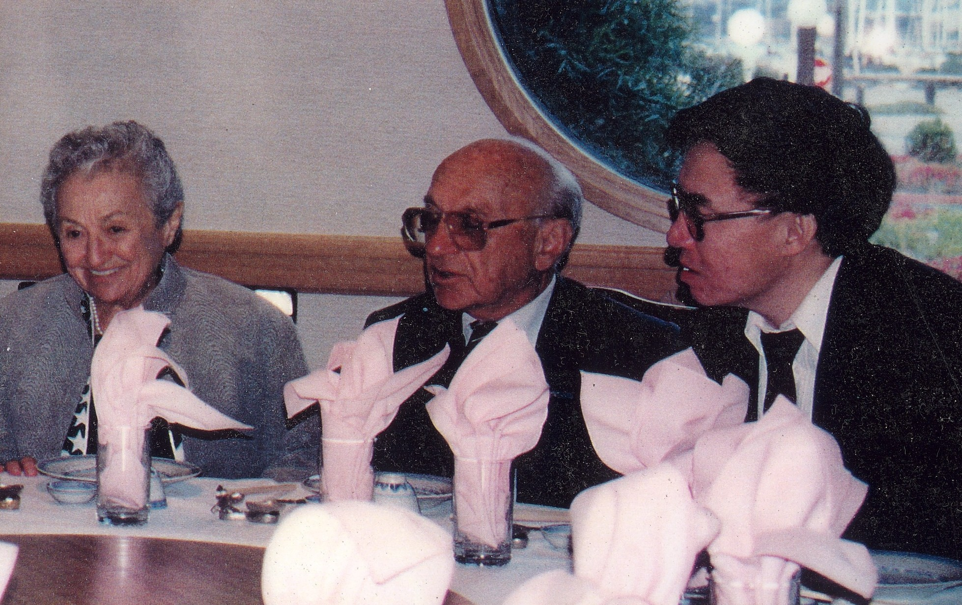 Milton and Rose Friedman with Hugh Ching. Click to learn more about `Chinese Economic Reform' a 1988 speech by Friedman.