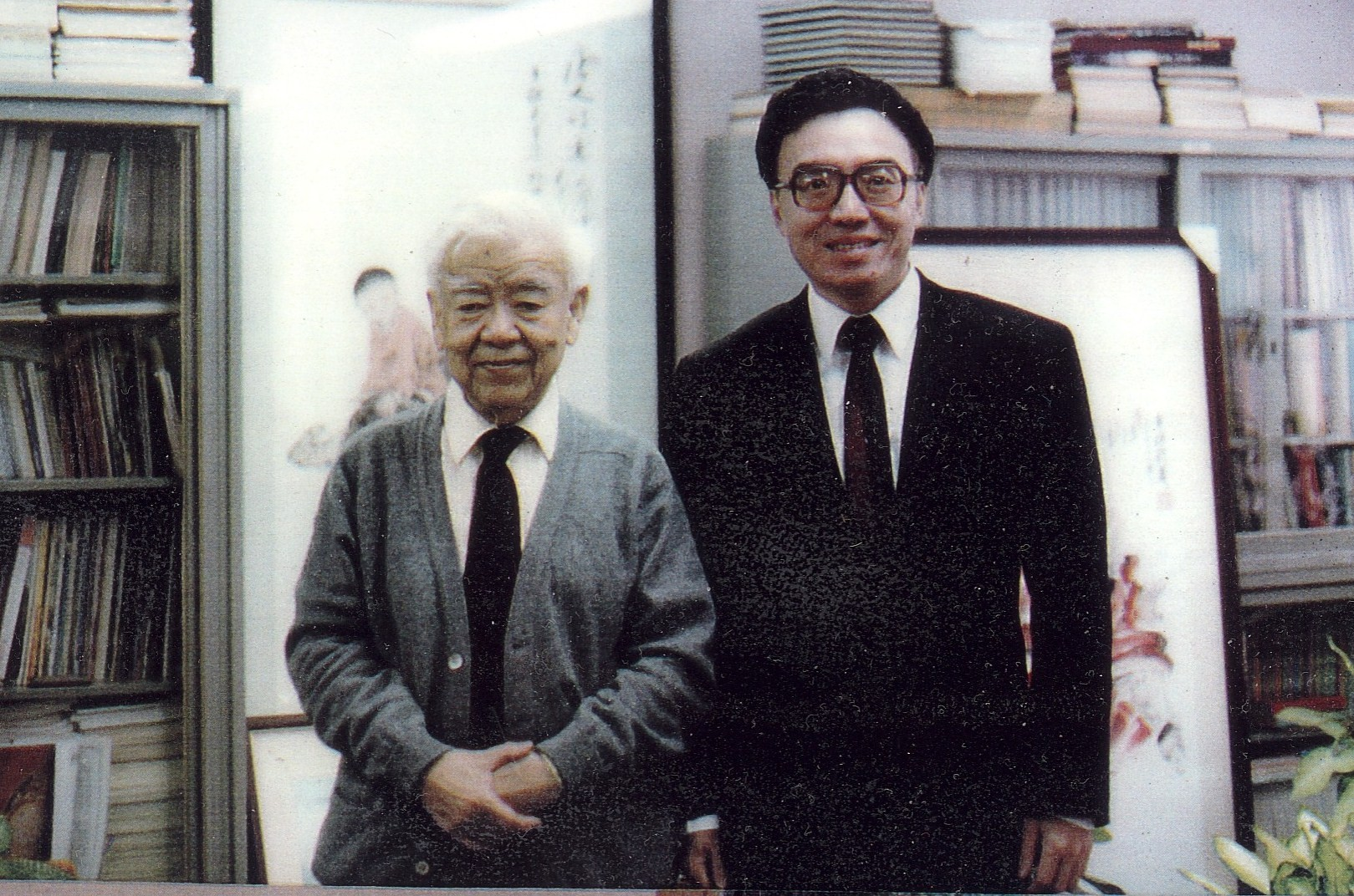 Ta-You Wu and Hugh Ching (founders of Post-Science Institute with C. V. Ramamoorthy and T. L. Kunii). Click to learn about Ta-You Wu and his collaboration with Hugh Ching and Post-Science Institute.